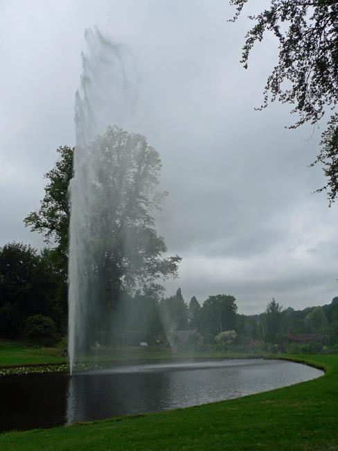 Forde-Abbey-fountain